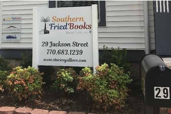 Bringin' Indie Back: Southern Fried Books will open soon!
